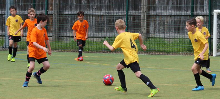 https://www.learnplayachieve.com/wp-content/uploads/2018/09/sussex-football-development-courses.jpg